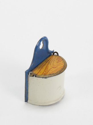 salt box; 2013.51.3.6