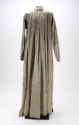 robe, striped U097.2