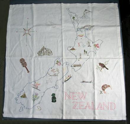 souvenir tablecloth: map of New Zealand [2003.15.1]