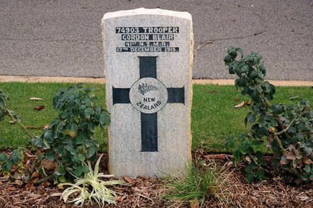 Headstone, Perth War Cemetery and Annex, Australia (photo F. Caddy 2012) - No known copyright restrictions