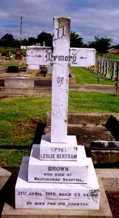 Headstone, Waipukurau Public Cemetery (photo G.A. Fortune in 1999) - Image has All Rights Reserved