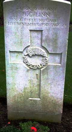 Gravestone, Botley Cemetery (photograph Gabrielle Fortune 2006) - Image has All Rights Reserved