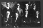 Group photograph: Thomas sons of Pukenui, Far North. Back Row L to R. Albert (Bert), 18896 William Alfred, 31105 Arthur Rawson; Joidah Fenton. Front Row L to R. Frank 12/4281, Ernest Deeble, 11/497 Alfred Edward, 32548 Harold Tahana. (supplied by R. Beddoes 2007) - No known copyright restrictions
