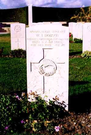 Headstone, Catania War Cemetery - This image may be subject to copyright