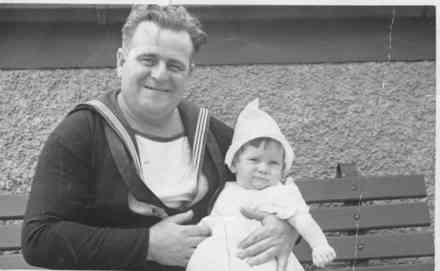 Mr Murray and his daughter Noeline, taken on the roof of Farmers Trading Company, 1940 - This image may be subject to copyright