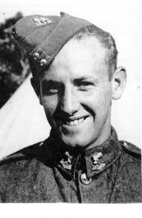 Portrait, wearing the uniform of New Zealand Army, 1 Auckland Regiment - This image may be subject to copyright