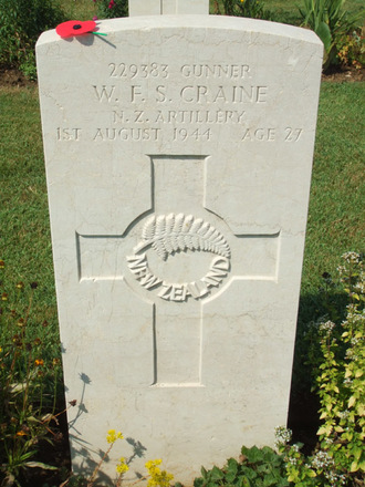 Headstone, Florence War Cemetery (photograph Gabrielle Fortune 2008). - Image has All Rights Reserved