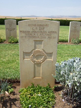 Headstone, Medjez-el-Bab War Cemetery, Tunisia (photo B. Coutts, 2009) - This image may be subject to copyright