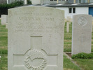 Gravestone, Brest Cemetery, close detail (provided by Gildas, February 2010) - This image may be subject to copyright