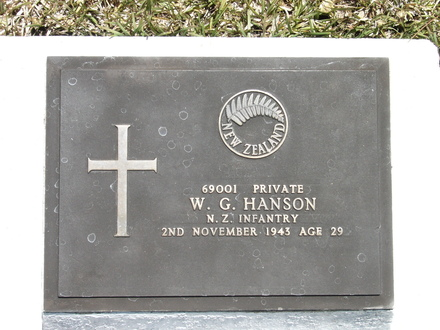 Headstone, Bourail New Zealand War Cemetery (photograph P. Lascelles 2007) - This image may be subject to copyright