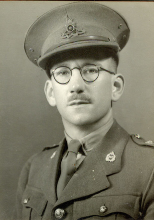 Portrait, WW2, Captain Frank Cook, formal studio (kindly provided by family) - This image may be subject to copyright