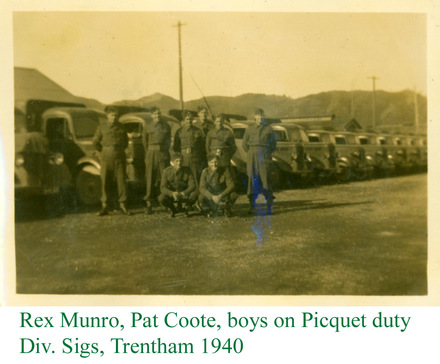 Group, Rex Munro, Pat Coote, boys on Picquet duty, Div. Sigs, Trentham 1940 (from the photograph album of Albert Pierce by permission of S. Brown) - This image may be subject to copyright