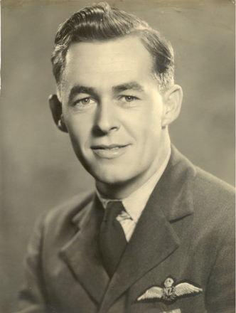 Portrait, Roy Harry Twiname - This image may be subject to copyright