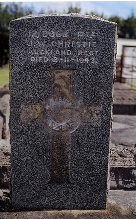 Image of gravestone at Kaurihohore Cemetery provided by Ross Beddows - No known copyright restrictions