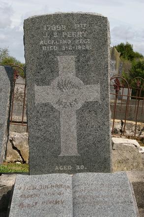 Headstone, Warkworth Presbyterian Public Cemetery (photo J. Halpin 2011) - No known copyright restrictions
