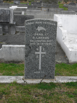 Headstone, H Lawson (15649) WW1, Featherston Cemetery, (image supplied by Sam Hodder) - No known copyright restrictions
