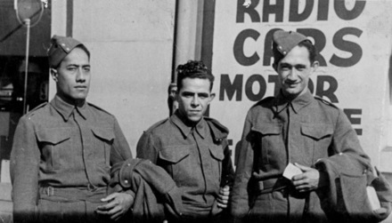 Group, 28 Maori Battalion soldiers, Vailima (26147) (left) and his cousins Manoel Santos (26146) (middle), Alex Leger (26514) (right), in New Zealand - This image may be subject to copyright