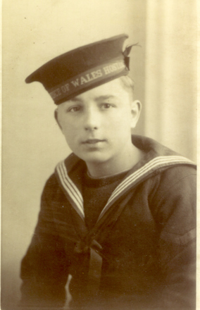 Portrait, December 1940, aged 15, he went to war 2 weeks later - This image may be subject to copyright