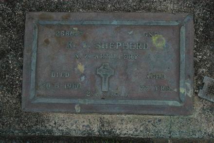 Headstone, Kawakawa Cemetery (photo J. Halpin 2011) - This image may be subject to copyright