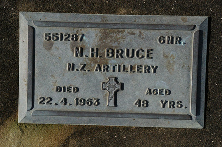 Headstone, Wellsford Cemetery (photo J. Halpin 2011) - This image may be subject to copyright