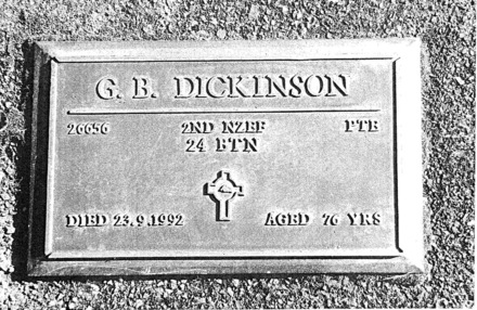 Headstone, Paihia George Bernard Dickinson (26656) - This image may be subject to copyright