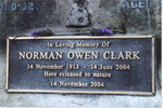 Norman's Memorial plaque - This image may be subject to copyright