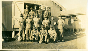 Group, 15 soldiers outside hut [Trentham Camp c1940] - This image may be subject to copyright