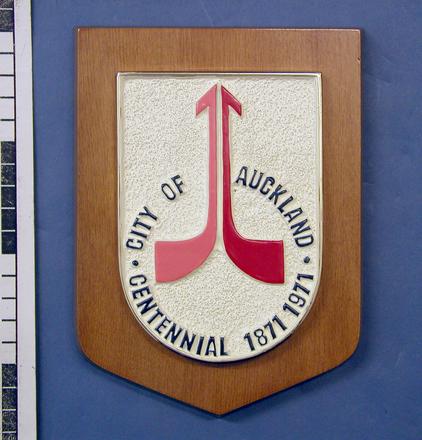 plaque: City of Auckland Centennial, 1871-1971 [2003x2.26]