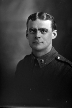 1/4 portrait of Rifleman Frederick William Alison, Reg No 26525, of the New Zealand Rifle Brigade, 8th reinforcements to 4th Battalion - H Company. (Photographer: Herman Schmidt, 1916). Sir George Grey Special Collections, Auckland Libraries, 31-A1826. No known copyright.