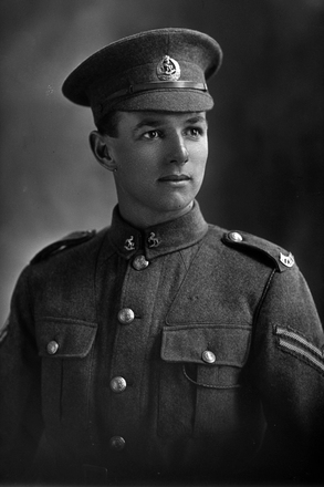 1/4 portrait of Corporal Clifford Stuart Des Barres, Reg No 10747, of the New Zealand Mounted Rifles, 1st New Zealand Cyclist Company. Killed in action in France on 3rd September 1916.  (Photographer: Herman Schmidt, 1916). Sir George Grey Special Collections, Auckland Libraries, 31-B53. No known copyright.