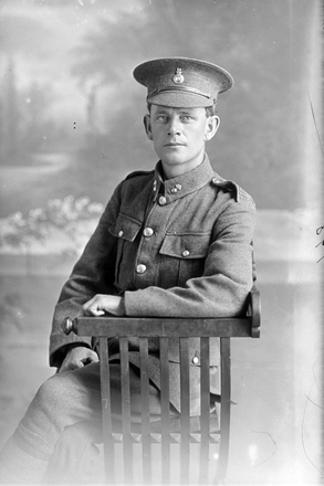 3/4 portrait, probably of 4/1748 Sapper David Carson, NZE 9th Reinforcements (Photographer: Herman Schmidt, 1916). Sir George Grey Special Collections, Auckland Libraries, 31-C198. No known copyright.