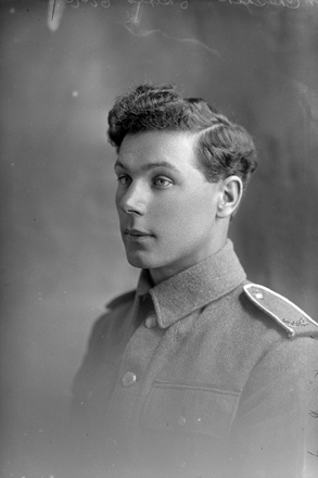 1/4 portrait of Driver William George Cheshire, Reg No 10440, of the New Zealand Army Service Corps (Photographer: Herman Schmidt, ). Sir George Grey Special Collections, Auckland Libraries, 31-C226. No known copyright.