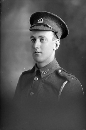 1/4 portrait of Private Frederick Cunningham, Reg No 11420, of the Auckland Infantry Battalion, A Company. 12th Reinforcements. Killed in action in France on 20 September 1916 at the Battle of Flers- Courcelette. (Photographer: Herman Schmidt, 1916). Sir George Grey Special Collections, Auckland Libraries, 31-C1930. No known copyright.