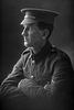 1/4 portrait of Lance Corporal M Finlayson of the New Zealand Mounted Rifles (Photographer: Herman Schmidt, 1916). Sir George Grey Special Collections, Auckland Libraries, 31-F390. No known copyright.