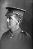 1/4 portrait of Lance Corporal M Finlayson of the New Zealand Mounted Rifles (Photographer: Herman Schmidt, 1916). Sir George Grey Special Collections, Auckland Libraries, 31-F393. No known copyright.