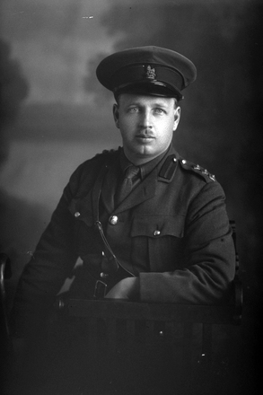 3/4 portrait of Captain George Clarence Sykes Dyer, Reg No 64872, of the Auckland Infantry Regiment, - A Company, 30th Reinforcements. (Photographer: Herman Schmidt, 1917). Sir George Grey Special Collections, Auckland Libraries, 31-D3652. No known copyright.