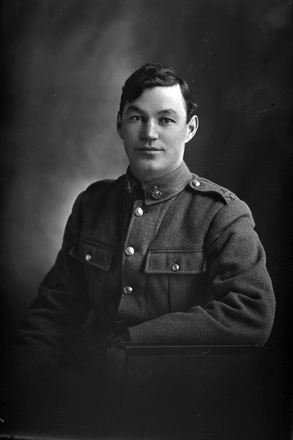 1/2 portrait of Lance Corporal William Arthur Sawyer, Reg No 17104, of the Specialist Company (Signal Section). (Photographer: Herman Schmidt, 1916). Sir George Grey Special Collections, Auckland Libraries, 31-S2142. No known copyright.