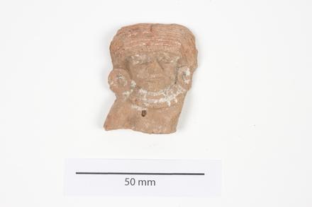 figurine, portion 2012.19.352