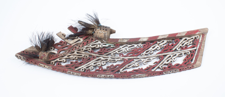 Canoe prow ornament