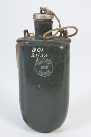 1939.21 water bottle