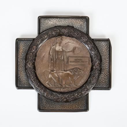 medallion, commemorative 2003.51.3