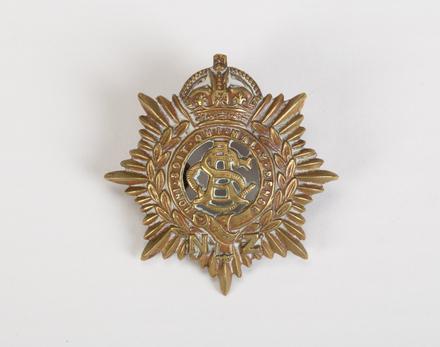 badge, regimental 2004.125.13