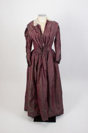 dress, woman's col.0820