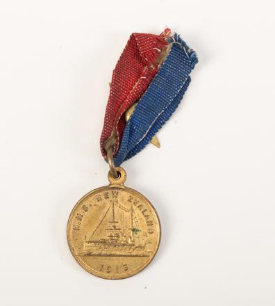 medal, commemorative, 2015.x.119