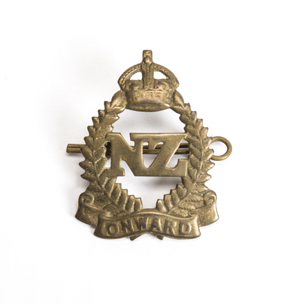 regimental Onward hat badge