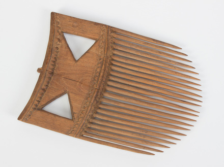 comb; I Seru Kau; 14858.1