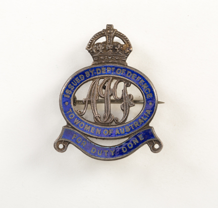 badge, regimental 1996X2.369.42