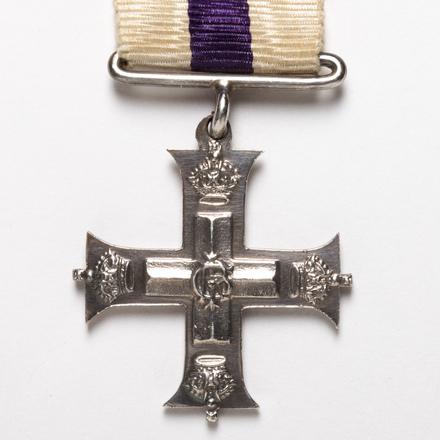 Military Cross (miniature), 2003.16.2