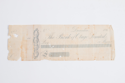 banknote 1999x2.138