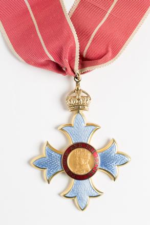medal, order 2001.25.880
